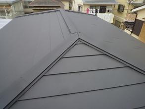 屋根の葺き替えと塗装工事