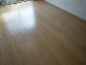 床防音材の施工